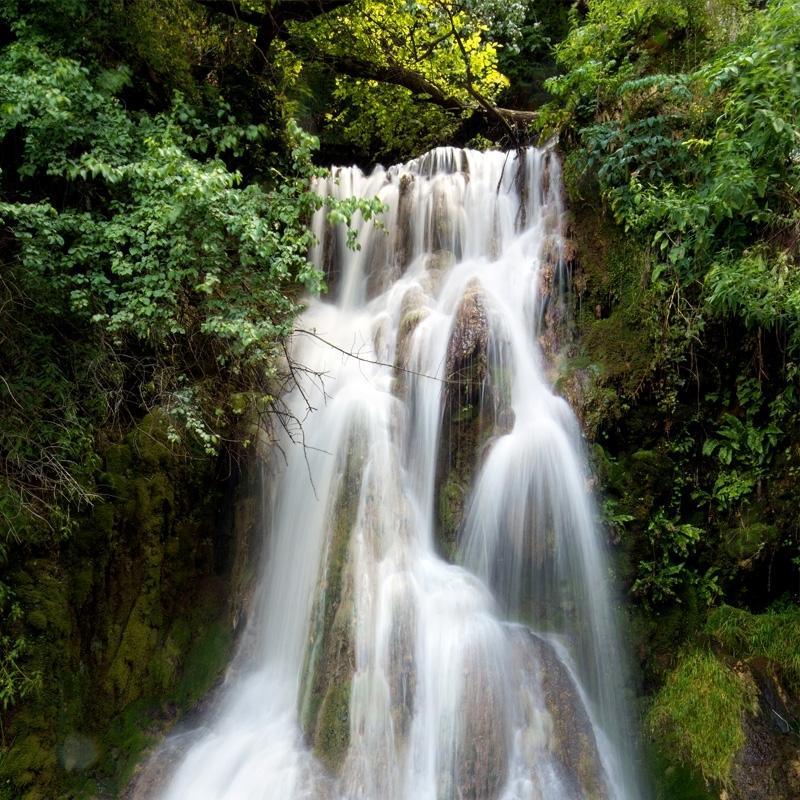 Eau de roche rock water 3